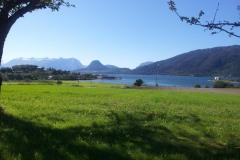 Utsikten från vår uteplats i Åndalsnes vid foten av Trollstigen.