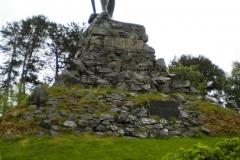 Den kraftfulle vikingen Fridtjof hälsade välkommen till Vangsnes.
